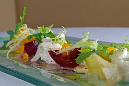 NINE - TEN - NINE-TEN Baby Beet & Burrata Cheese Salad