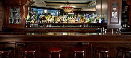 P.J. Clarke's New York Chophouse - bar