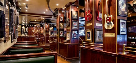 Hard Rock Cafe - Booth Seating