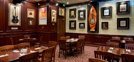 Hard Rock Cafe - Dining Room
