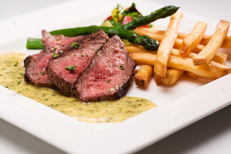 Prime Top Sirloin with a Bearnaise Sauce