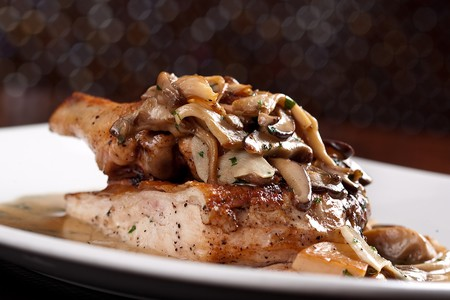 NOVE Italiano - Chicken Marsala