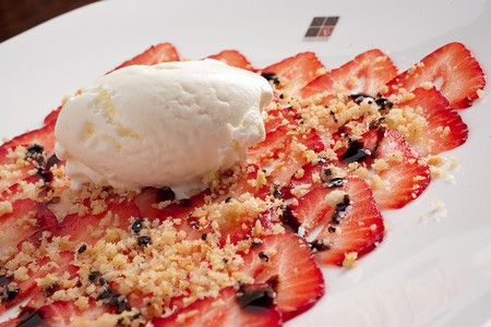 NOVE Italiano - Strawberry Carpaccio