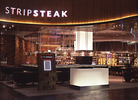 STRIPSTEAK - Entrance