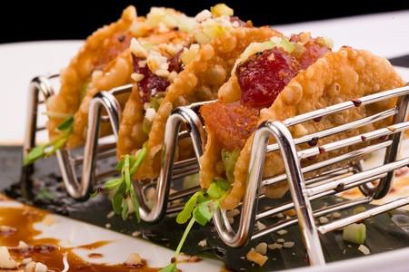 333 Pacific - Tuna poke tacos