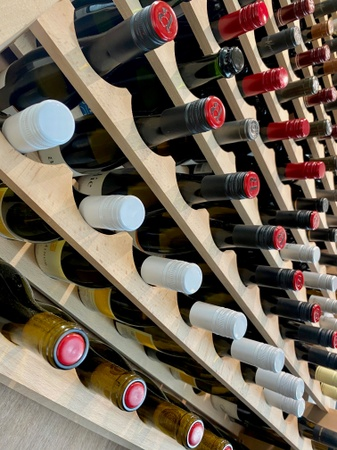 Ovation Bistro - Wine