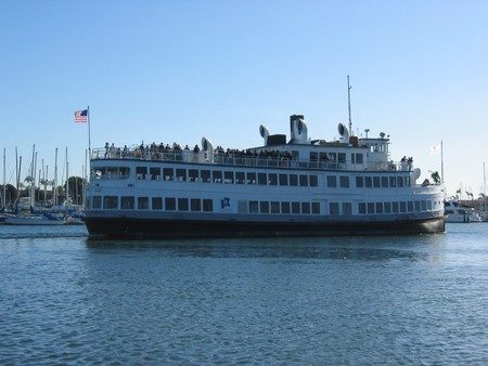 Hornblower Cruises & Events - Lord Hornblower cruises San Diego Bay