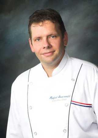 Redfield's Sports Bar - Chef Manfred Steuerwald