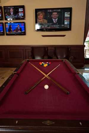 Redfield's Sports Bar - Redfield's Sports Bar