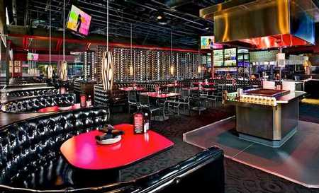 La Jolla Strip Club - Dining Room