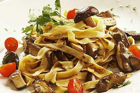 Prado Restaurant and Bar - Pasta with Mushrooms