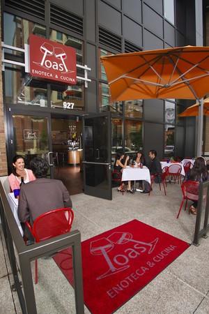 Toast Enoteca & Cucina - Entrance