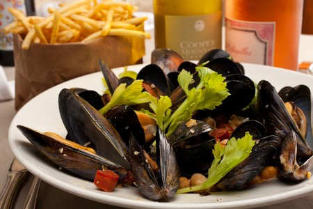 BO-beau kitchen + bar - Ocean Beach - mussels