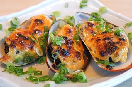 Shimbashi Izakaya - Grilled mussles
