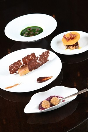 TWIST by Pierre Gagnaire - Plenty of yummy dishes to choose from
