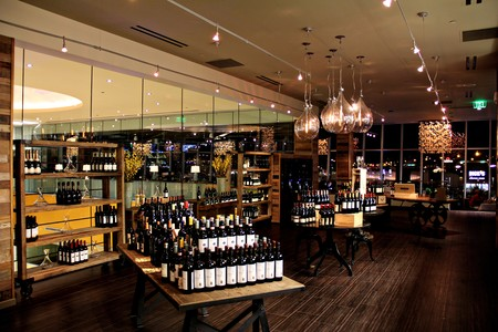 Vintana Wine + Dine - Retail Area