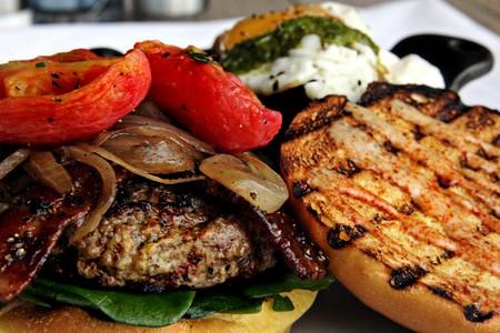 Vintana Wine + Dine - Vintana Burger