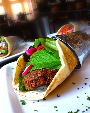 Meze Greek Fusion - Falafel