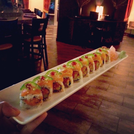 Hokkaido Teppanyaki Hibachi Steakhouse - Salmon Lemon Roll
