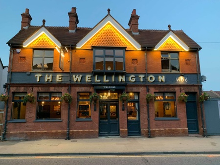 The Wellington - Frontage