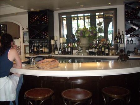 Cafe Chloe - Wine bar