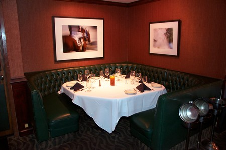 Red Tracton's - Dining Room